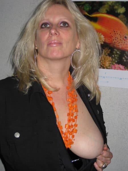 Cougar recherche son amant sur le 69 pour du plan sexe