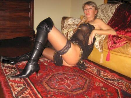 Femme cougar sexy que pour des amants sur la Vendée