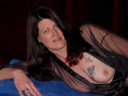 Pour une nuit sans tabou avec une femme mature coquine